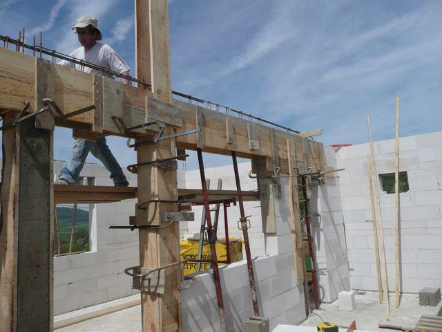 coffrage poteau beton construction maison b ton arm. Black Bedroom Furniture Sets. Home Design Ideas